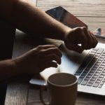 Знакомство с девушкой в сети – основные правила и секреты