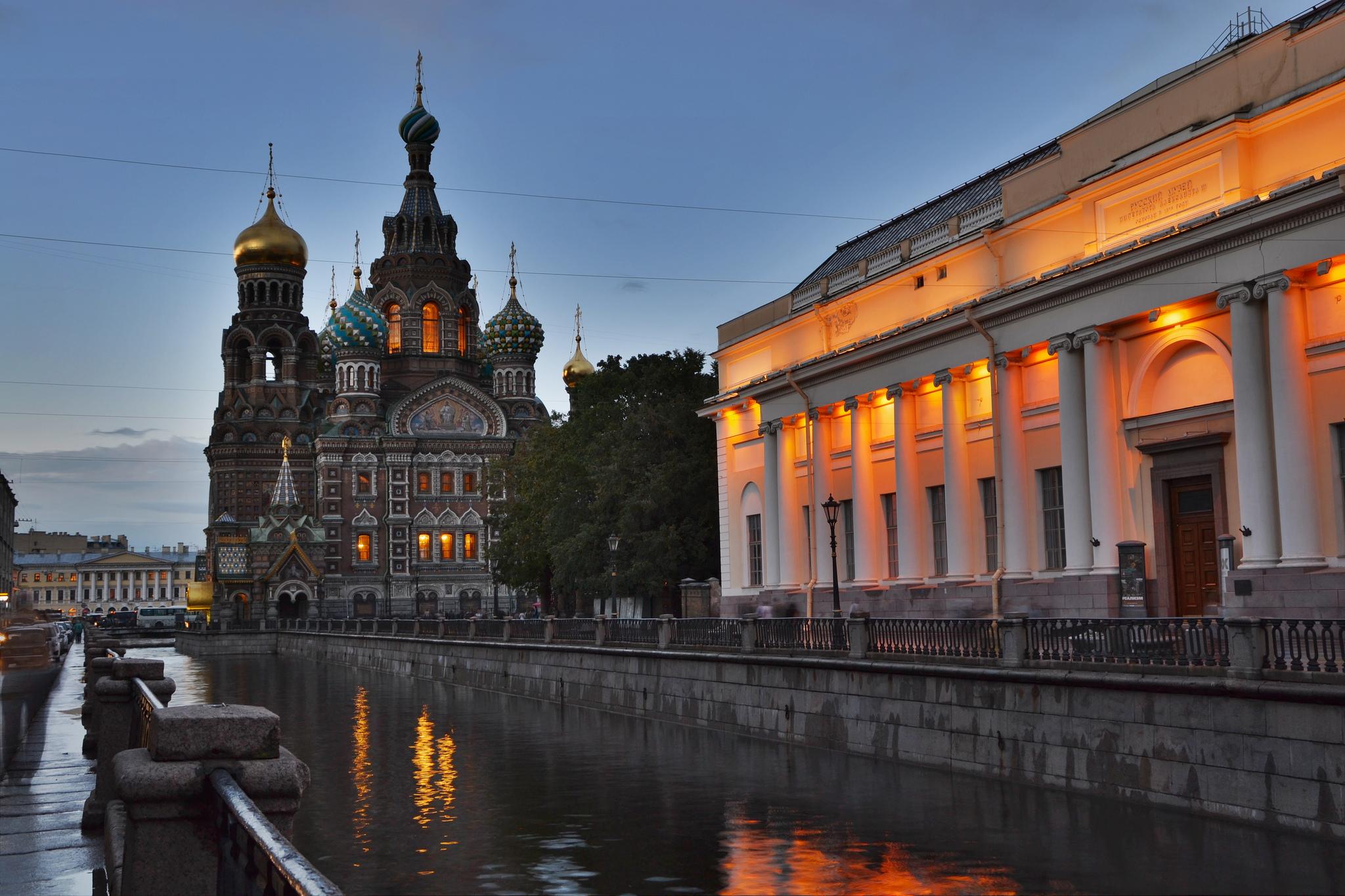знакомства на набережной в Петербурге